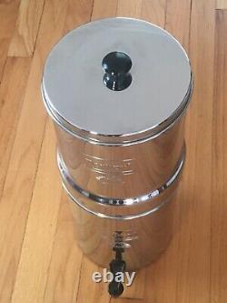Travel berkey water filter system