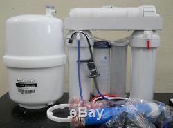 Système De Filtration D'eau Potable Par Osmose Inverse Dans Le Bâtiment Résidentiel Principal De Premier Ministre 50 Gpj